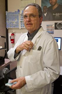 Dr. Roger Weikum, OD